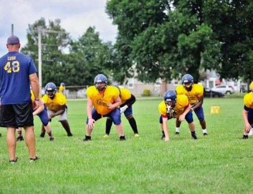 Seaford High football team to play Laurel, upstate teams
